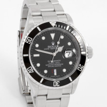 Rolex Submariner 40 mm 16610 Stainless Steel, Black Dial & Directional Bezel on an Oyster Bracelet - Pre-Owned Watch