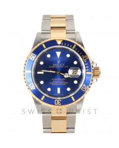 Pre-owned Rolex Men's Submariner 18K/SS - Blue Swiss Made Dial & Bezel - 16613 Engraved No Holes Case Model w/ Rolex Card